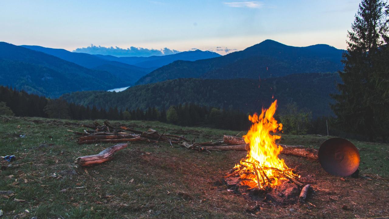 Campfire Bud Lab, Big Image Bud Lab Banner