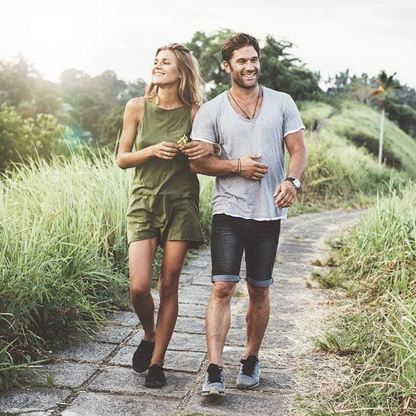 Bud Lab, Man and Woman having a stroll
